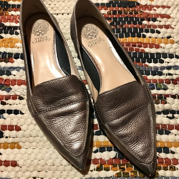 a9d1418915da Vince Camuto Maita Pointed Toe Leather Loafer. M 5c7389e66197453f598b8ecc